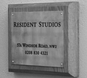 studio-plaque